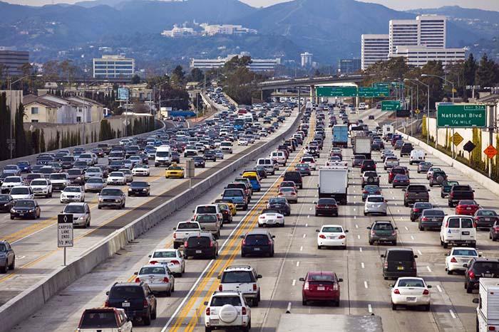 Автодорога в Калифорнии