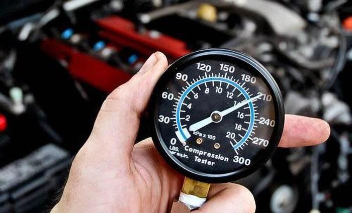 Проверка ДВС компрессометром